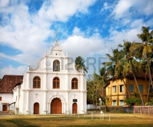 13624905-portuguese-colonial-church-of-our-lady-of-hope-nossa-senhora-de-esperanca-on-vypeen-island-kochi-ker